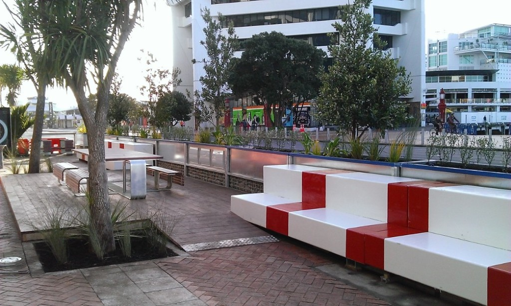 Pocket park being trialled on Quay Street. Credit: Auckland Council