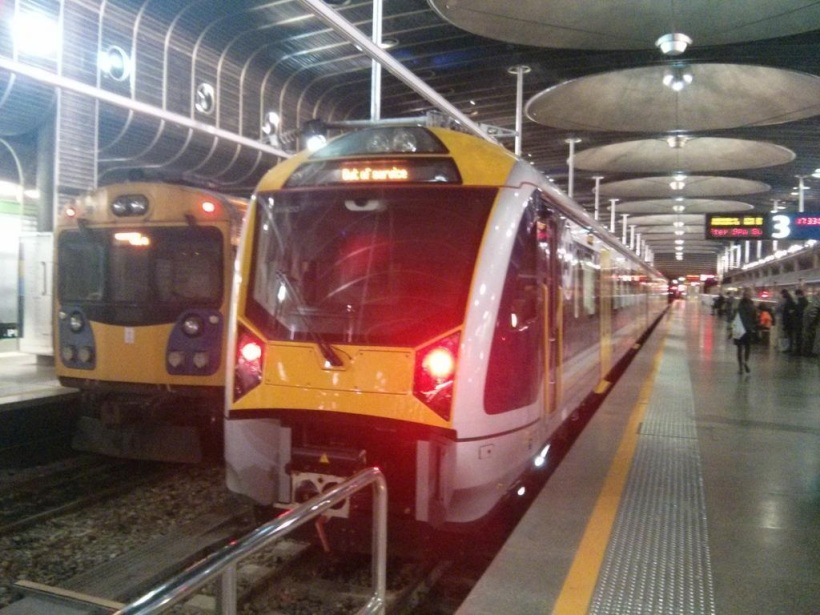 Electric Train at Britomart Source: pic.twitter.com/vjQZfMUeex