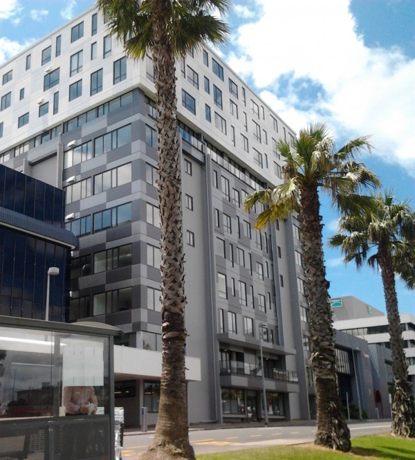 MCentre Apartment and Commercial services building in Manukau City Centre