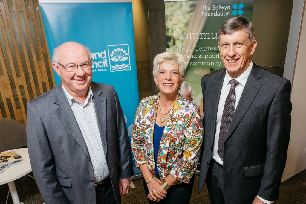 Auckland Council Deputy Mayor Penny Hulse, together with The Selwyn Foundation Deputy Chair Russell Florence (left) and CEO Garry Smith (right). Source: Auckland Council