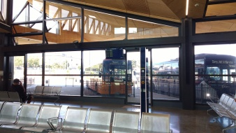 380 Airporter at the Manukau Bus Station